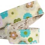 Lanière mousqueton porte-clefs / Antivol sac fleurs Pavot turquoise et beige