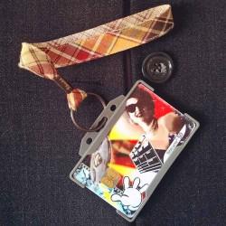 Dragonne porte carte / badge Écossais beige et bordeaux