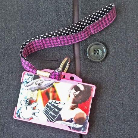 Dragonne porte carte / badge Pied poule Pois noir et violet