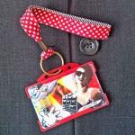 Dragonne porte-badge Pois rouge