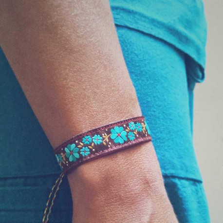 bracelet-ruban-poignet-fleur-turquoise