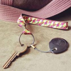 Dragonne porte-clefs Mosaïque lurex